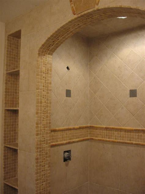 travertine tile   mosaics  accent pieces