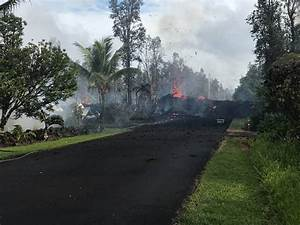 More Fissures Erupt In Leilani Estates  Large Quakes