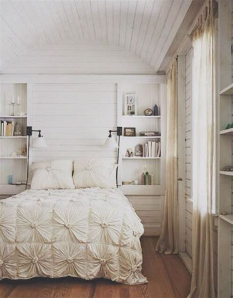 Decorating Ideas For Cozy Bedroom by Beautiful Cozy Bedroom Decorations
