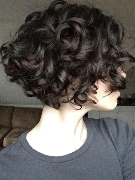frisuren fur kurzes krauses haar mittellange haare