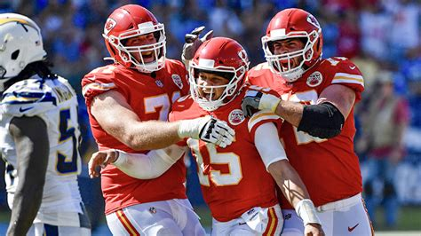 Mahomes Wins Afc Offensive Player Of The Week Over Hill