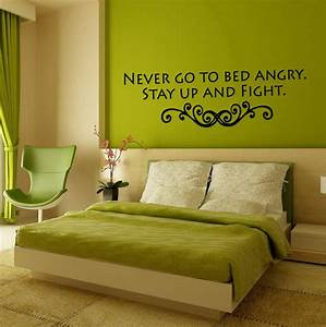 Exquisite green and natural bedroom wall color design with