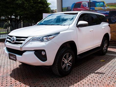 Toyota Fortuner 2019 by Toyota Fortuner 2019 Distoyota Bucaramanga 133 900 000
