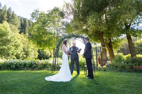 outdoor wedding photography tips bergreen