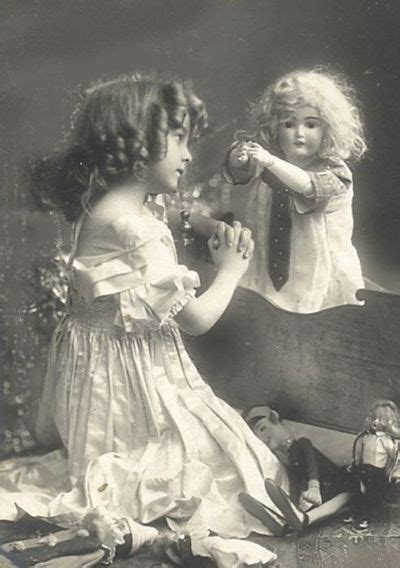 13 Vintage Photos Of Little Girls Pose With Their Lookalike Dolls  Vintage Everyday