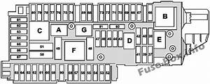 Fuse Box Diagram Mercedes R197  2011