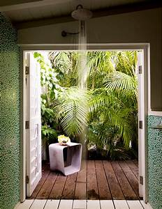 12 tropical bathrooms with summer style With salle de bain tropicale