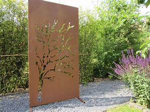 Garten im quadrat moderne sichtschutz wand weide for Moderner sichtschutz für den garten