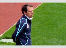 Zola would relish chance to manage Chelsea, expects club