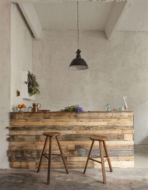 habillage meuble cuisine la palette en bois dans tous ses états décoration