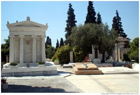 The First Cemetery of Athens (Πρώτο Νεκροταφείο Αθηνών ...