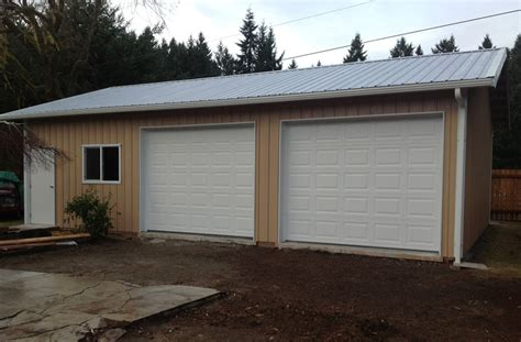 Port Side Garage by Gallery Sound Building Systems
