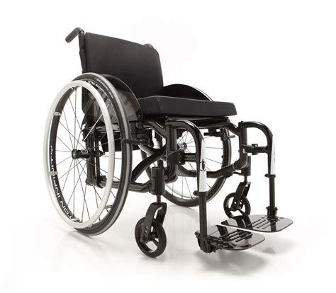 coloriage fauteuil roulant 224 imprimer