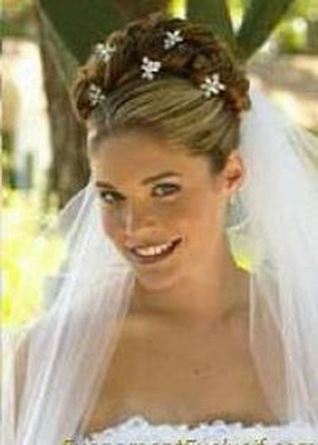 coiffure de mariage avec voile