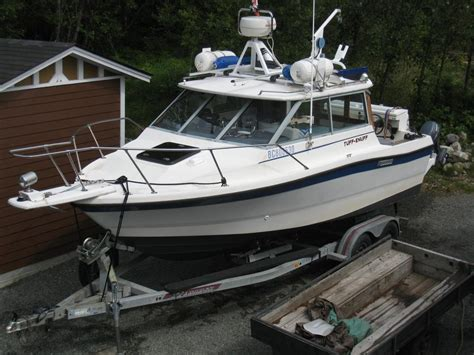 Trophy Boats Vancouver by 21 Ft Bayliner Trophy Top With Alaskan Bulkhead