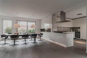 Wohnzimmer Mit Offener Küche : moderne wohnzimmer mit offener k che haus design ideen ~ Watch28wear.com Haus und Dekorationen