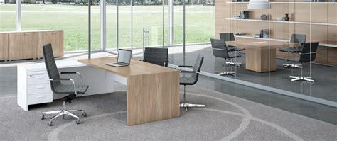 scrivanie per piccoli spazi arredamento ufficio la soluzione per piccoli spazi la