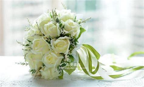 buket pernikahan  indah pengiring pengantin pengantin