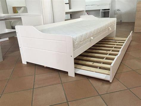 Schubladen Unterm Bett by Schublade Unter Bett Teppich Unterm Bett