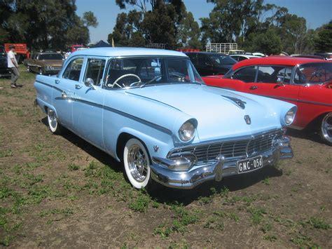 File:1956 Ford Customline Sedan.jpg - Wikimedia Commons