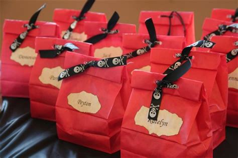 58 Cheap Goodie Bag Ideas For Adults Birthday Goody Bags