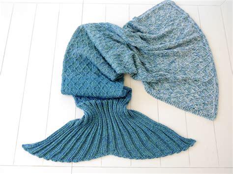 Woolaffair  Handmade  Strickanleitung Meerjungfrauen Decke