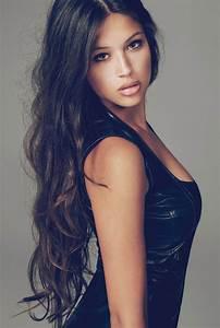 Women Model Brunette Long Hair Wavy Hair Wallpapers Hd