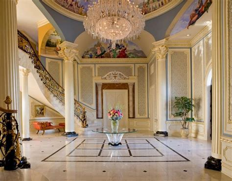 56 Beautiful And Luxurious Foyer Designs
