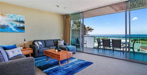 dolphin apartments bay apollo