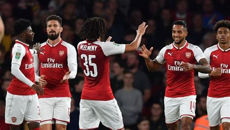 VIDEO: Walcott Puts Arsenal Ahead Against Doncaster After ...