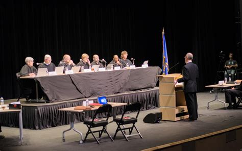 With visit to high school, Minnesota Supreme Court hopes ...