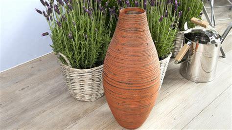 ringhiera giardino vasi di coccio atmosfera classica dalani e ora westwing
