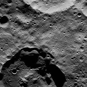 Space Images   Dawn LAMO Image 86