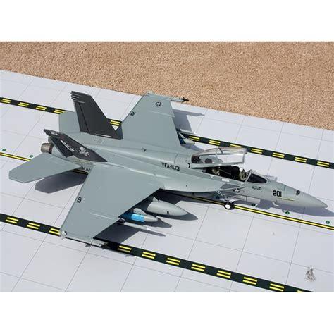 72 Gausn10002 Boeing F/a-18f Super Hornet