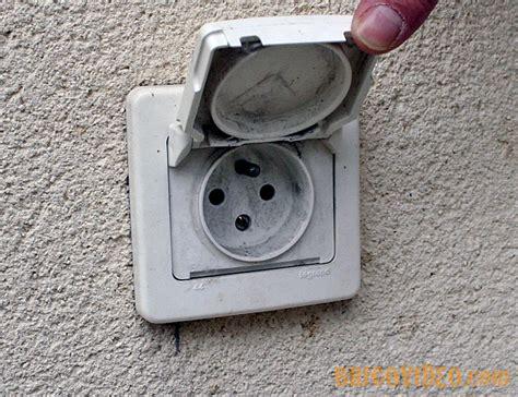 probl 232 me remplacement prise de courant et interrupteur allumage