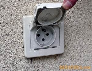 probleme remplacement prise de courant et interrupteur With prise de courant exterieur