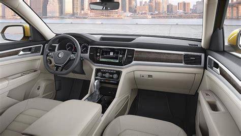 volkswagen atlas  seat suv revealed car news