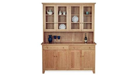 circle furniture vt country buffet  hutch dining