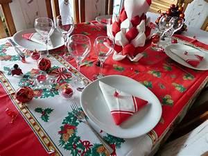 Table De Noel Traditionnelle : d coration table de noel rouge et blanc avec ~ Melissatoandfro.com Idées de Décoration