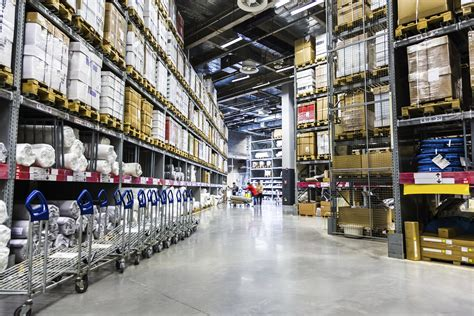 warehouse distribution centers supply chain  practices