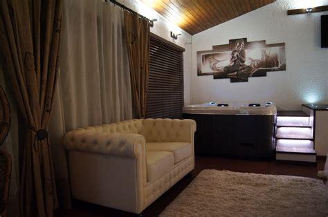 Chambre Avec Jacuzzi  Galerie Photos