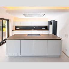 Natursteinküchenplattenanlage In Einem Einfamilienhaus In