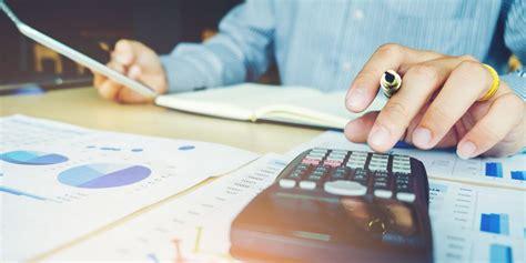 นโยบายและการจ่ายเงินปันผล - :: นักลงทุนสัมพันธ์