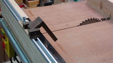 table saw stops dog how to make a cross cut sled to table saw easy stop