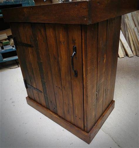 storage friendly pallet corner desk pallet furniture diy