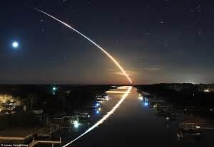 awe struck astronaut captures space shuttle endeavour