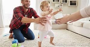 Erste Schritte Baby : laufen lernen babys erste schritte netdoktor ~ Orissabook.com Haus und Dekorationen