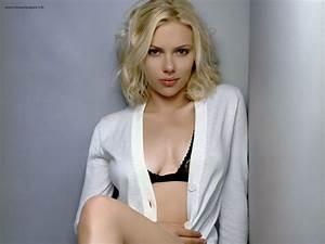 Latest Hollywood Wallpaper: Scarlett Johansson Wallpapers
