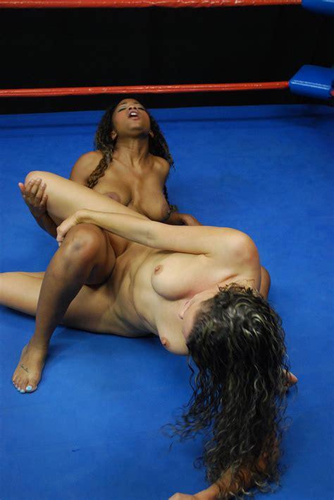 Indian Wrestling Naked Women Elitebabes 1
