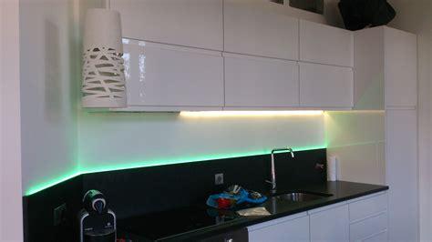 ruban led pour cuisine luminaire suspendu led